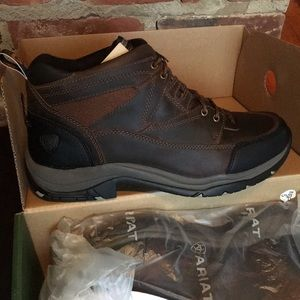 Men's arias lace up boot size 11 ee